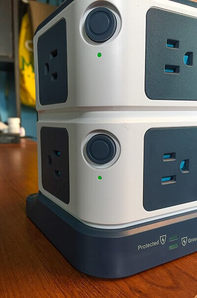 https://www.bestekmall.com/image/catalog/BLOG/July/2017-7-review2/BESTEK-Power-Strip-Surge-Protector-5(1).jpg